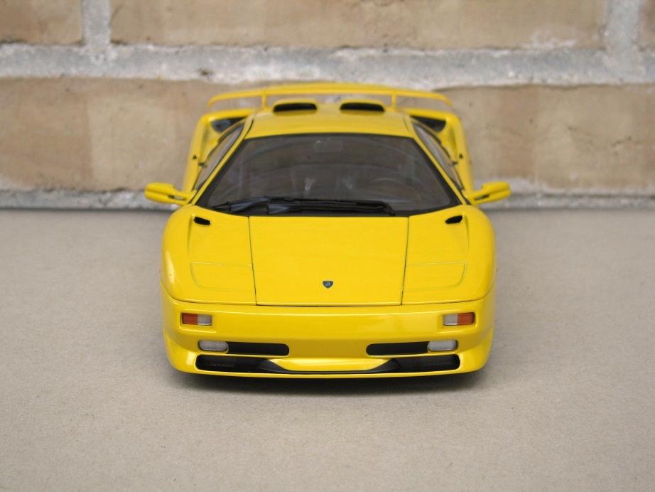Autoart 1 18 Lamborghini Diablo Sv Yellow Lamborghini