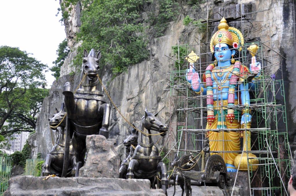 Cueva Rayamana en las Cuevas Batu Cuevas Batu en Malasia, el templo hindú más grande fuera de la India - 14703182351 1c49a3bc91 o - Cuevas Batu en Malasia, el templo hindú más grande fuera de la India