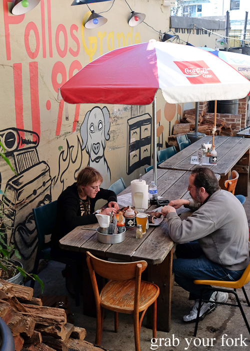 Barbecue diners at the Oxford Tavern, Petersham