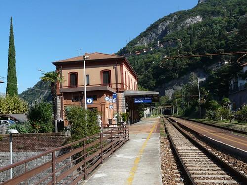 Estação Esino