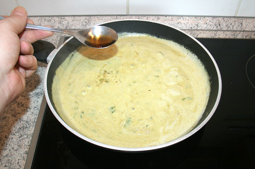 31 - Mit Fischsauce würzen / Season with thai fish sauce