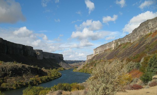 The Mid-Snake River, near Twin Falls.  Water Quality Trading is one way the States of Washington, Oregon and Idaho are working to protect their rivers. Photo courtesy of the Idaho DEQ Twin Falls Regional Office, used with permission.
