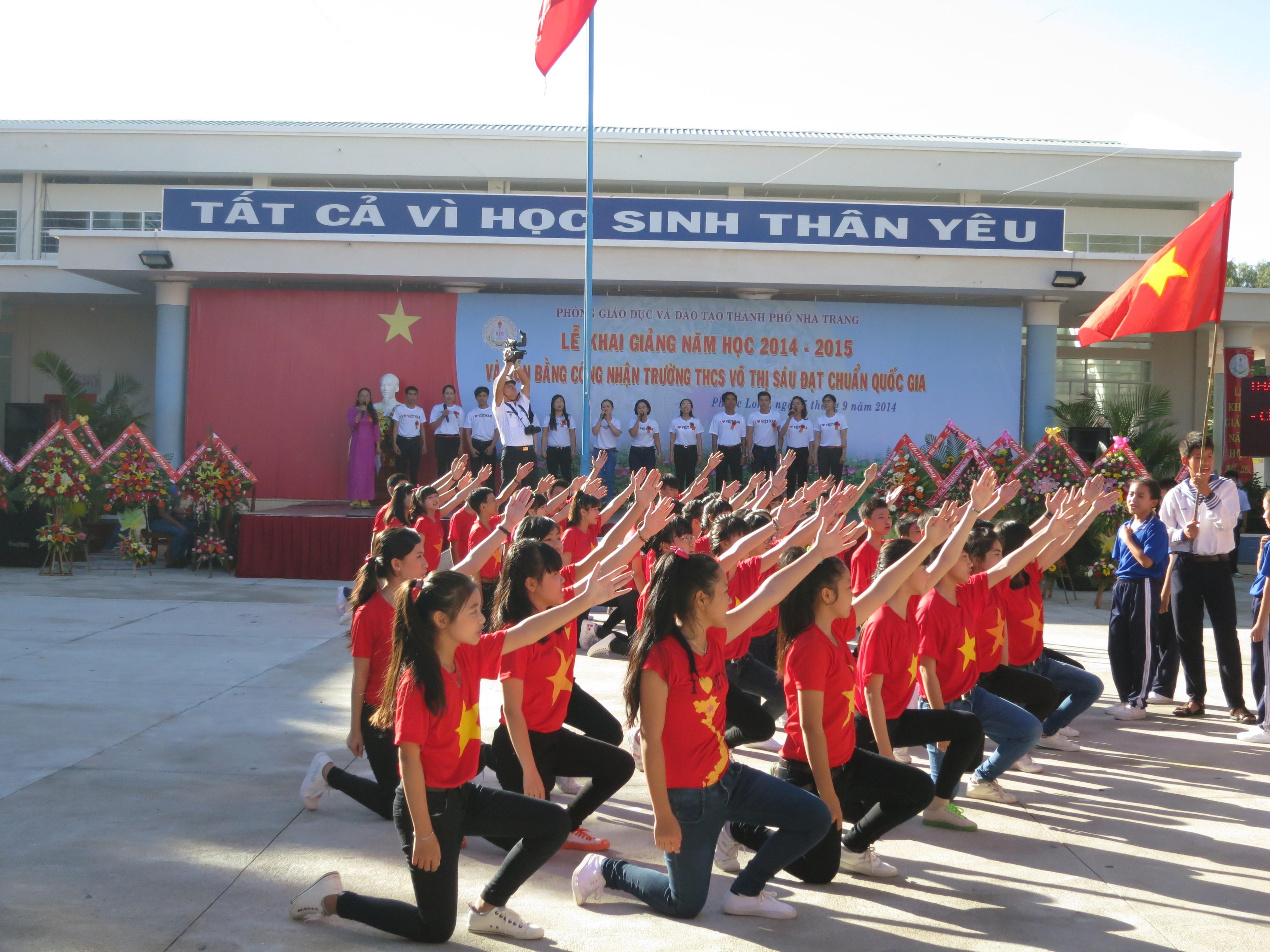Lễ Khai Giảng Năm Học 2014 – 2015 Và Đón Bằng Công Nhận Trường Đạt Chuẩn Quốc Gia