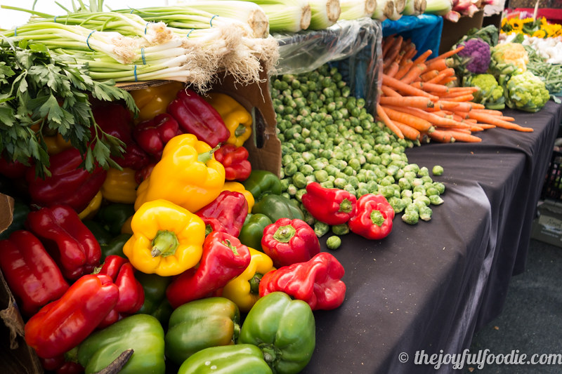 produce-stand