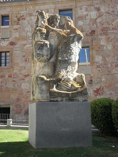 Monumento a Luis de Góngora en Salamanca