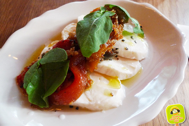 BAR PRIMI - mozarella, fire-roasted peppers