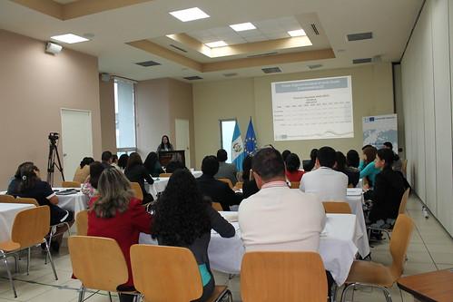 Funcionarios se capacitan en Integración Regional