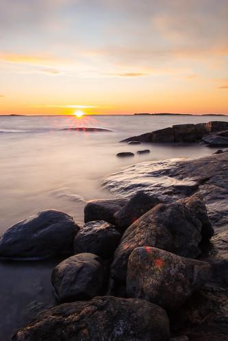sunset sea 6 macro water canon finland eos dc sigma os stop filter af rauma pro1 hoya hsm 1770mm f284 60d ndx64 maanpäänniemi