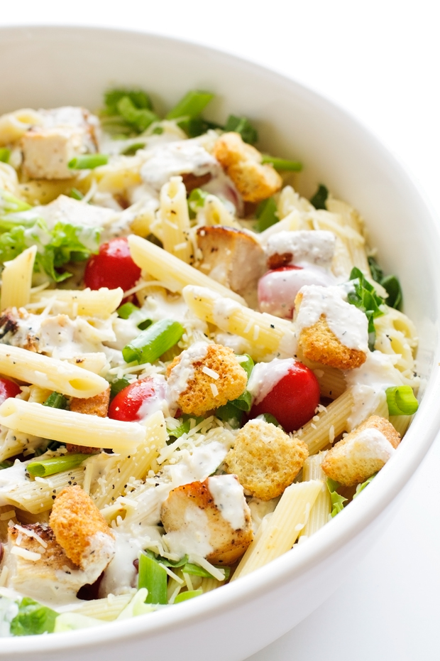 Creamy Chicken Caesar Pasta Salad - less than 30 minutes to make and the caesar dressing is TO DIE FOR! #caesarsalad #pastasalad #chickenpastasalad | Littlespicejar.com