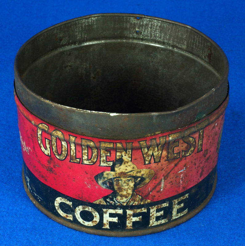 RD15323 Vintage 1927 Golden West Coffee Can Tin 1 lb. Cowgirl DSC09104