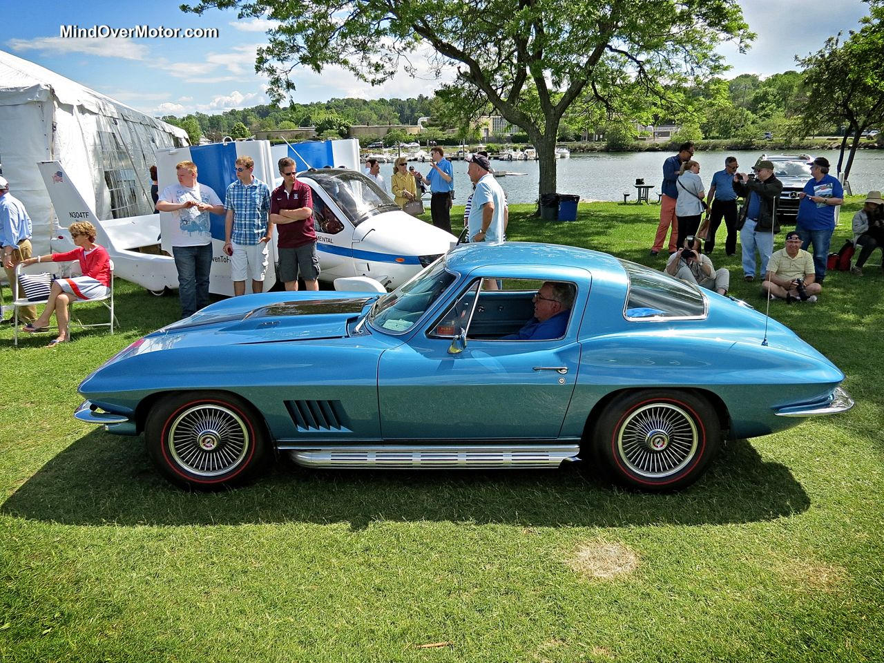 Classic Corvette Stingray 427