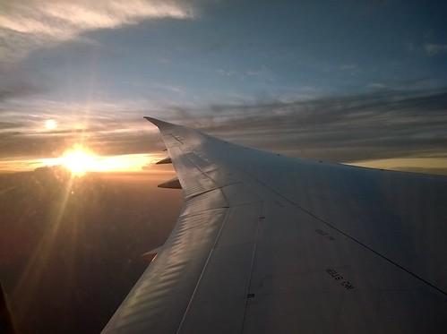 sunset composite wing boeing wingtip raked dreamliner dihedral 787800