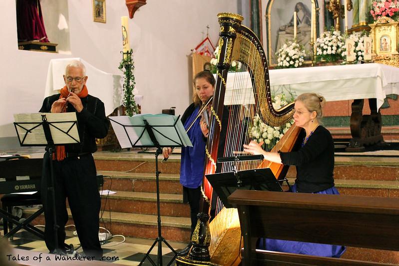 BUBIÓN - Iglesia de Nuestra Señora del Rosario - (Concierto de arpa y violín - Matgorzata Verhoeven-Stankiewicz e Isabelle Baudewyns)