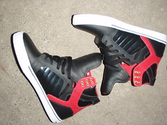 Skytop (Black/Black Patent/Red)