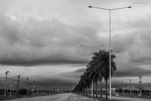 Avenida Amadeo Barbosa - Rio Branco, Acre, Brasil (Amadeo Barbosa Avenue - Rio Branco, Acre, Brazil)