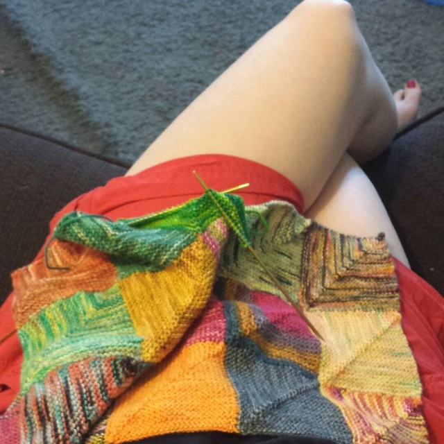 knitting while waiting on hold. estimated waiting time is 15min, 18 minutes down... #scrappyhueshift
