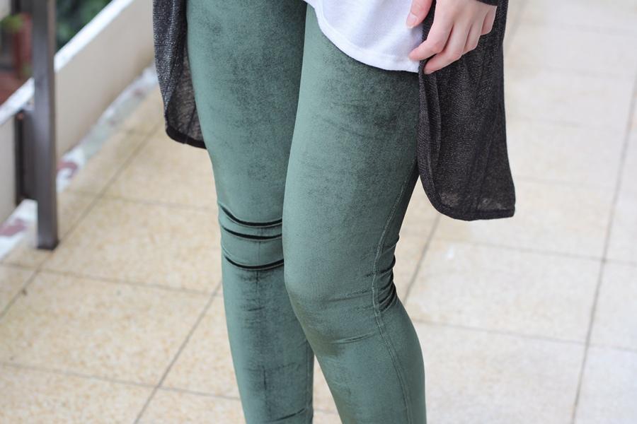 outfit-velvet-green-detail