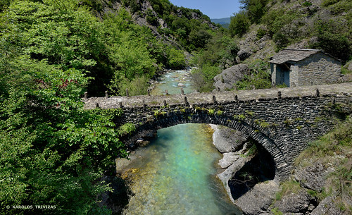 bridge mountain water river rocks stones greece hut slope banks stonebridge epirus tzoumerka kalarites kipina