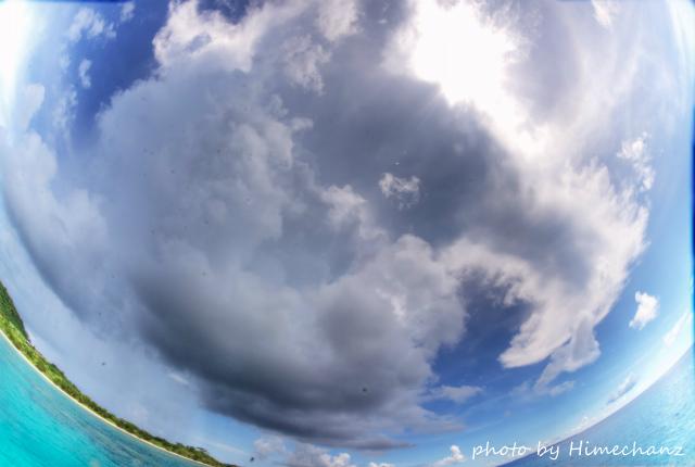 本日も穏やかでしたが、時折巨大な積乱雲が!!!