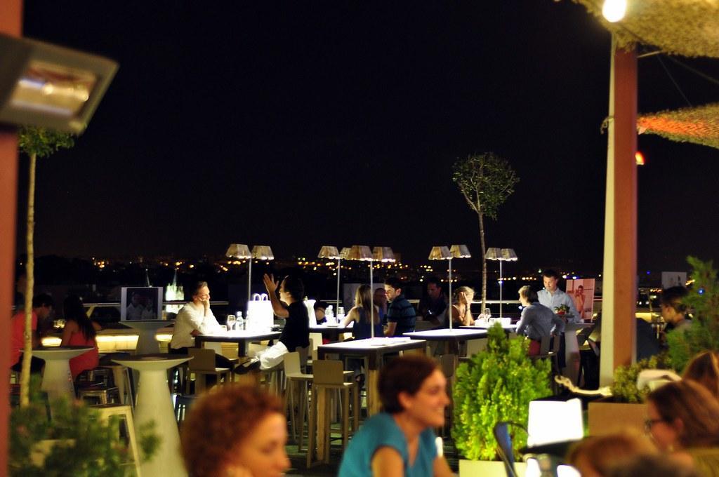 Restaurante Tartan Roof azotea del círculo de bellas artes de madrid, oasis en el cielo - 14967698307 004e922131 b - Azotea del Círculo de Bellas Artes de Madrid, oasis en el cielo