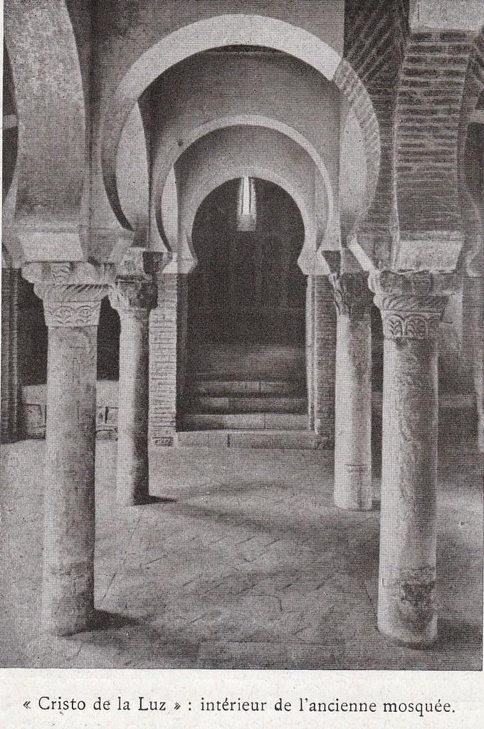 Cristo de la Luz  a comienzos del siglo XX. Fotografía de Élie Lambert publicada en su libro Les Villes d´Art Célebres: Tolède (1925)