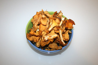 02 - Zutat Pfifferlinge / Ingredient chanterelles