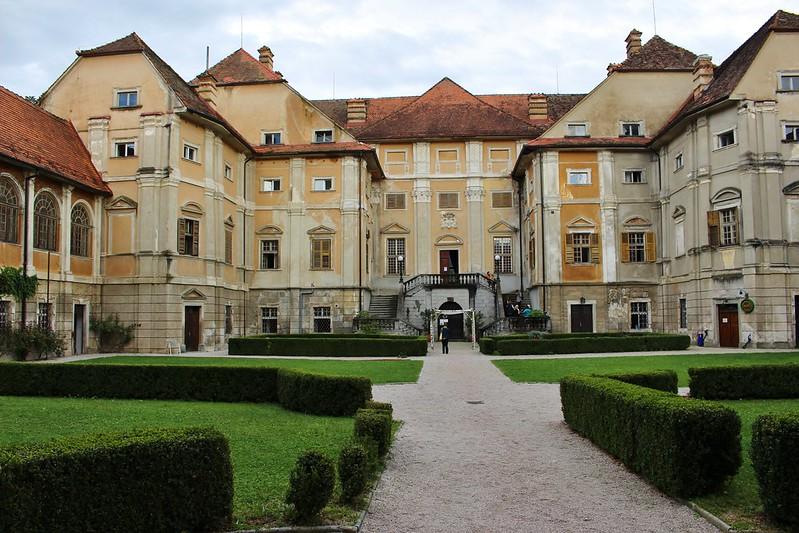 Statenberg manor