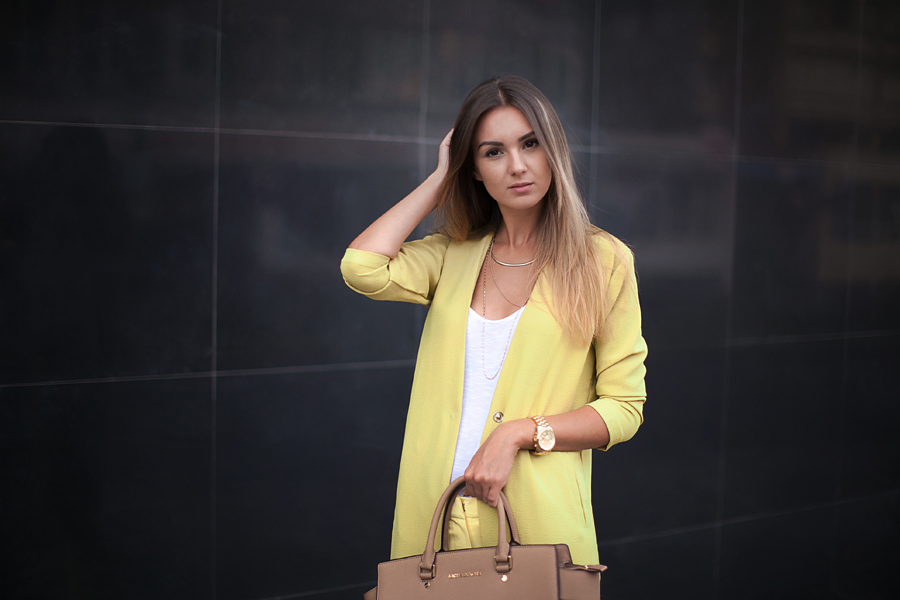 fashion-blogger-lime-coat-how-to-wear