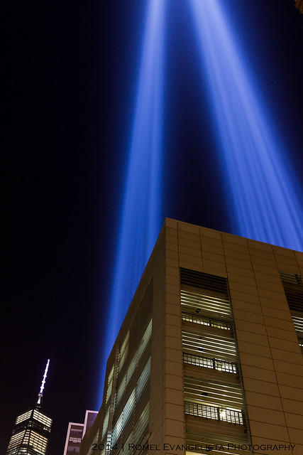2014_Tribute_In_Light-7468