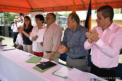Alcalde participa de la firma del convenio entre Banco de Desarrollo del Ecuador y Gobierno Provincial de Manabí de tres vías rurales que benefician al cantón Chone