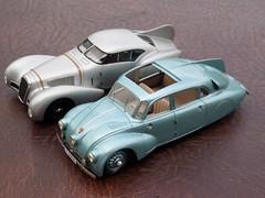 Dorsal fins - Delage V12 Labourdette 1937 & Tatra T87