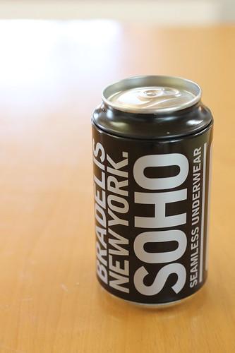 BRADELIS NewYork. SOHO(ブラデリスニューヨークソーホー)パンツ黒缶