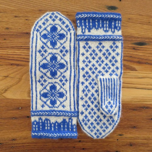 Deflt-Inspired (June) Mittens