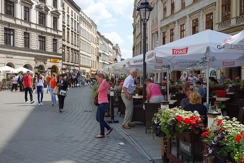 中央広場のカフェ