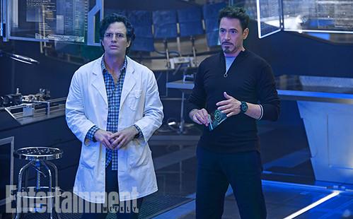 140717(1) - 英雄累了…「快銀」飆了!2015年電影《Avengers: Age Of Ultron》(復仇者聯盟2:奧創紀元)公開8張劇照&故事大意! 4