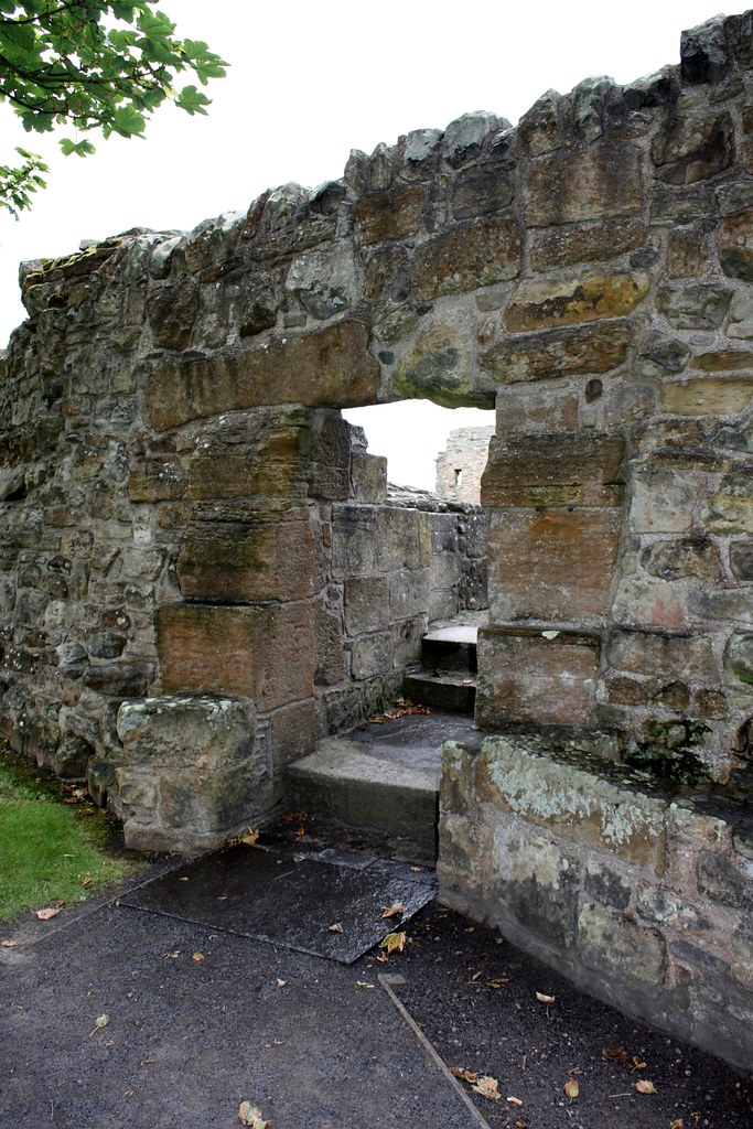 St Andrews Castle grounds