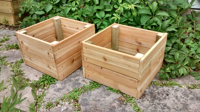 Quick and Dirty Small Bottomless Planters