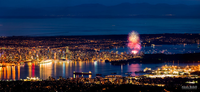 Celebration of Light, Day 1: USA