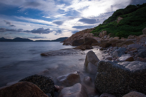 ocean longexposure morning sunset rock contrast sunrise cloudy stillwater sheko 日出 efs1022mm ndfilter 石澳 早上 早晨 nd1000 nd30 canon60d 大頭洲 taitauchau movingcloud tathongchannel shekowan