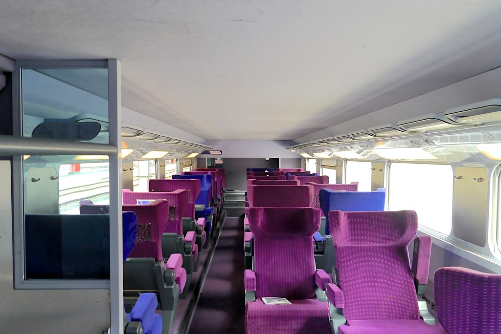 Misc new trains around the world photo thread for Interieur tgv