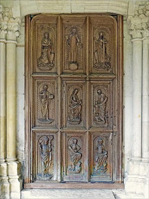 Porte d 39 entr e de la chapelle de l 39 ancien h pital saint for Porte de la chapelle