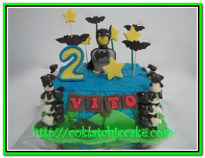 Kue ulang tahun batman dan shaun the sheep