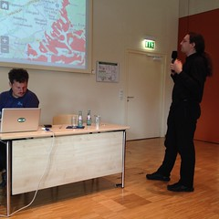 receptionist(0.0), seminar(1.0), lecture(1.0),