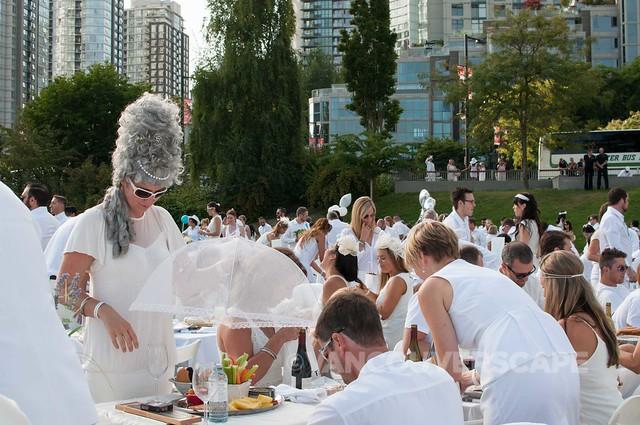 2014 Diner en Blanc Vancouver-3