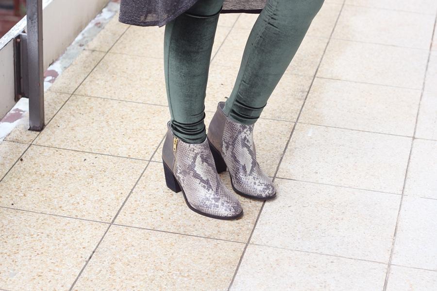 outft-bufallo-boots-sneak-print-velvet-green