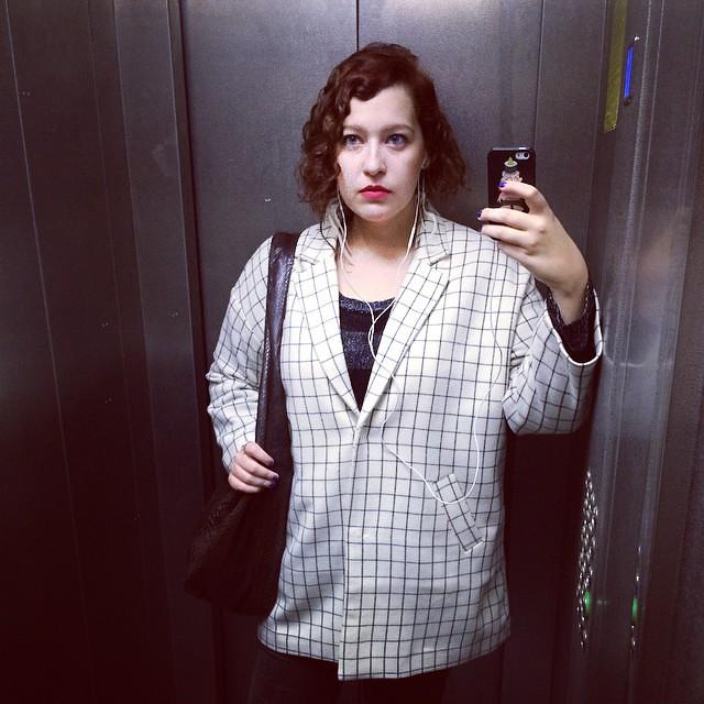 #lookoftheday #lookbook #falllookbook #ootd #selfie #september #coat