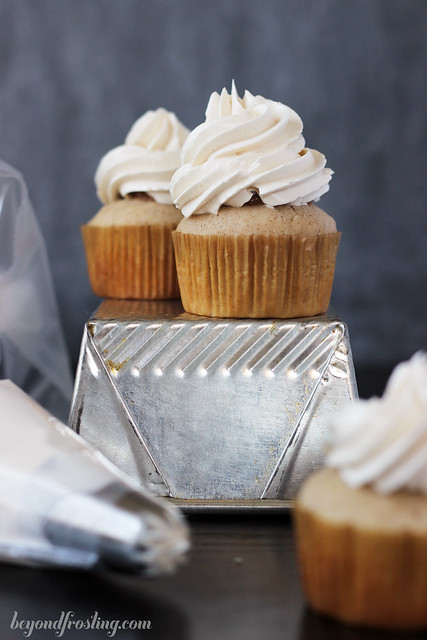 Apple pie cupcakes with maple buttercream