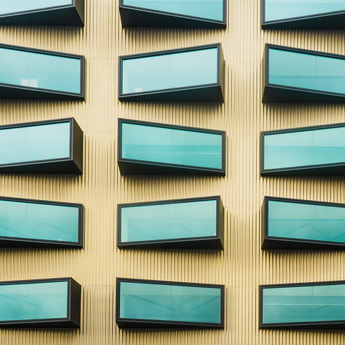 windows brussels abstract color art texture wall architecture composition gold nikon view geometry or bruxelles symmetry moderne 20mm batiment vitres archi fenêtres symetrie unusualviewsperspectives