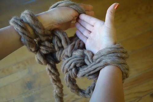 Arm Knitting Left Arm Step 1
