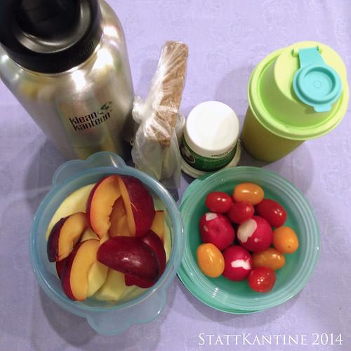 StattKantine 08.10.14 - Ziegenfrischkäse, Tomaten, Pflaumen